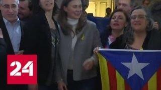 В Каталонии победу празднуют как сторонники отделения от Испании, так и противники - Россия 24